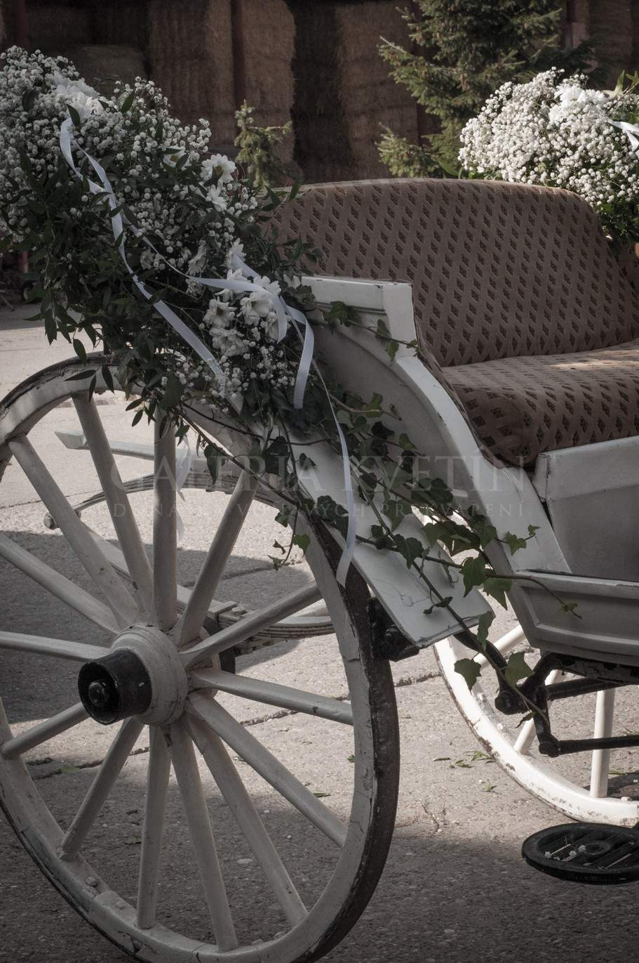 Carriage Decoration Elegancia Flower Gallery