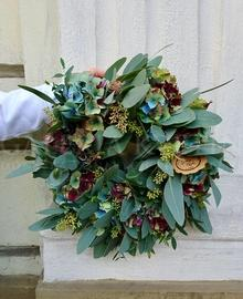 Exclusive wreath from Eucalypthus and Hydrangea