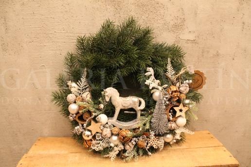 Hanging wreath Horse